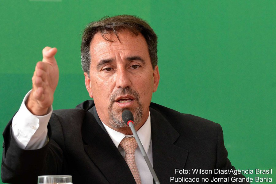 O ministro da Integração Nacional, Gilberto Magalhães Occhi, durante coletiva de imprensa, no Palácio do Planalto (Wilson Dias/Agência Brasil)