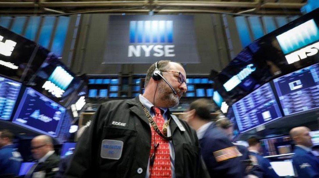 Pregão na Bolsa de Ações de Nova York (NYSE) em Manhattan, nos EUA REUTERS/Brendan McDermid