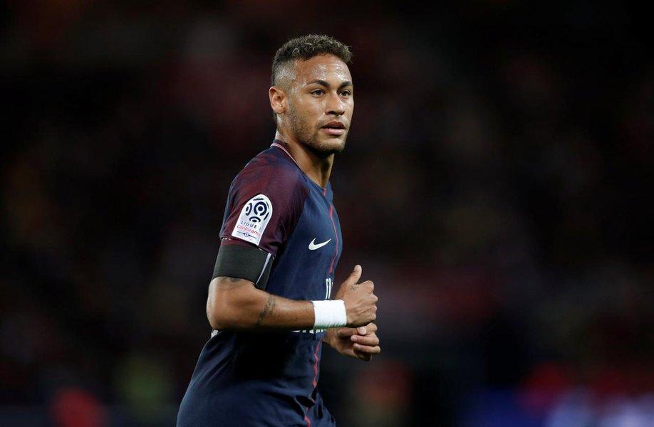 Soccer Football - Ligue 1 - Paris St Germain vs Toulouse - Paris, France - August 20, 2017 Paris Saint-Germain's Neymar REUTERS/Benoit Tessier