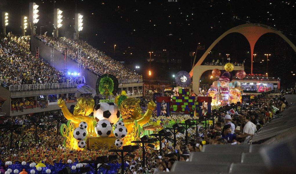 Rio de Janeiro - Desfile das escolas de samba do Grupo Especial no Samb�dromo da Marqu�s de Sapuca�. Uni�o da Ilha do Governador.