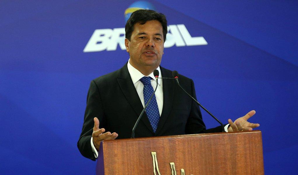 Brasília - O ministro da Educação, Mendonça Filho, anuncia a liberação de recursos para o Programa de Fomento às Escolas de Ensino Médio em Tempo Integral (Antonio Cruz/Agência Brasil))