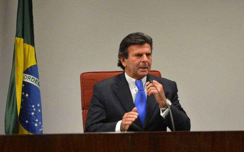 O ministro Luiz Fux, do Supremo Tribunal Federal (STF), realiza uma audiência de mediação para debater a transposição do Rio Paraíba do Sul.(José Cruz/Agência Brasil)