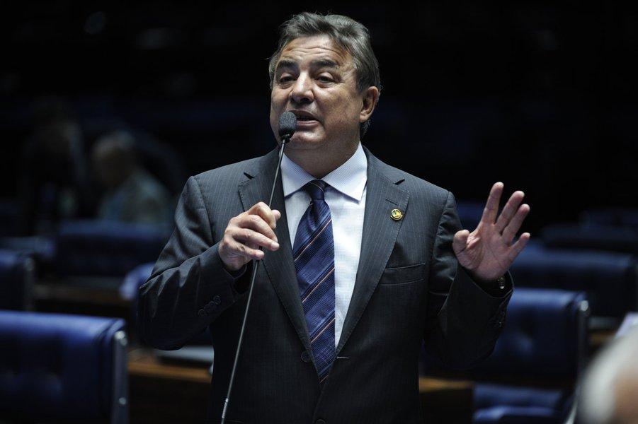 Plenário do Senado durante sessão deliberativa ordinária. Em pronunciamento, senador Zeze Perrella (PDT-MG). Foto: Moreira Mariz/Agência Senado