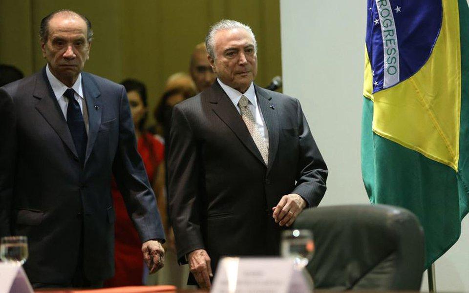 Bras�lia - O ministro das Rela��es Exteriores, Aloysio Nunes Ferreira, e o presidente Michel Temer participam das comemora��es do Dia do Diplomata, no Pal�cio Itamaraty (Antonio Cruz/Ag�ncia Brasil)