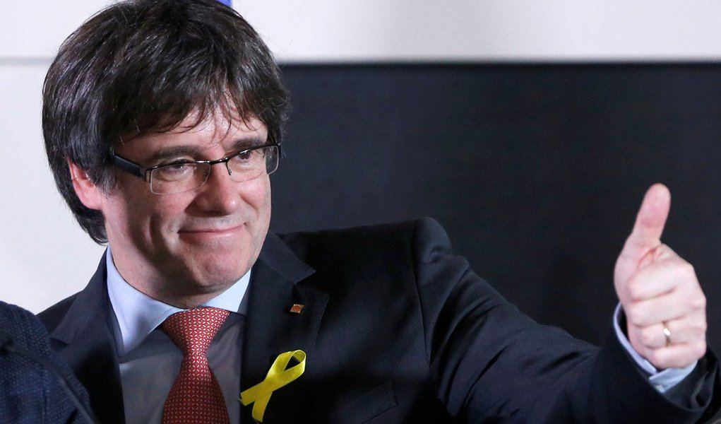 Presidente destituído da Catalunha Carles Puigdemont em Bruxelas, na Bélgica 21/12/2017 REUTERS/Francois Lenoir