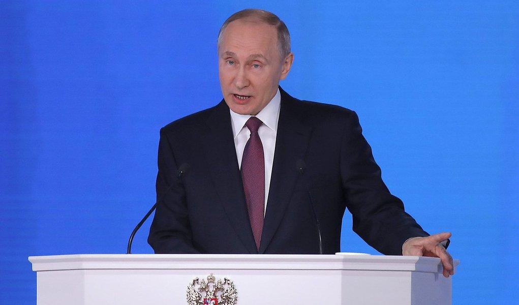 Presidente da Rússia, Vladimir Putin, durante evento em Moscou 01/03/2018 REUTERS/Maxim Shemetov