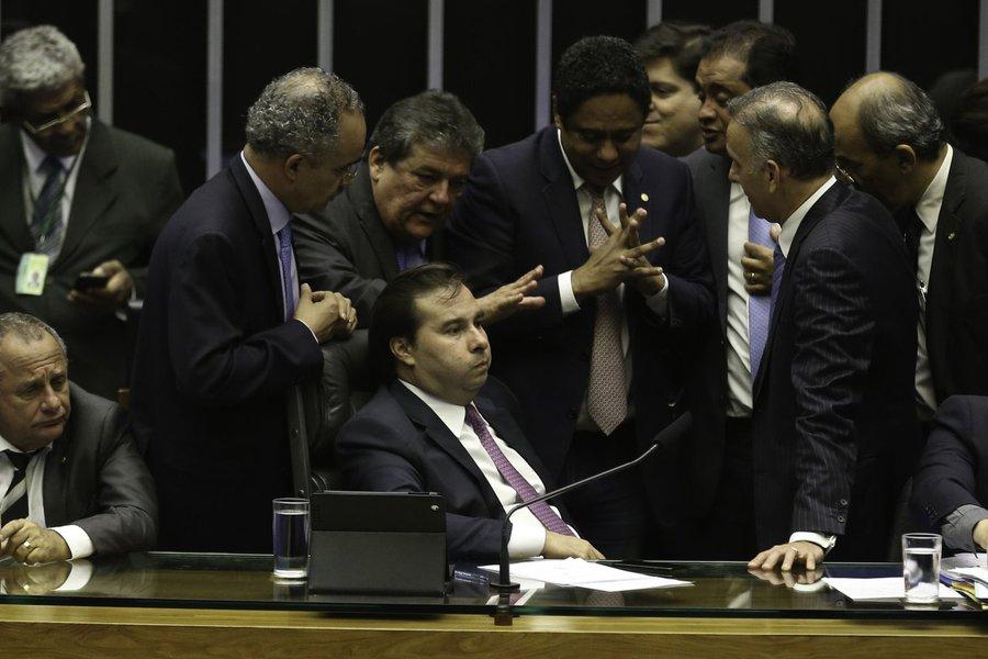 Rodrigo Maia, sessão da Câmara que discute reforma política