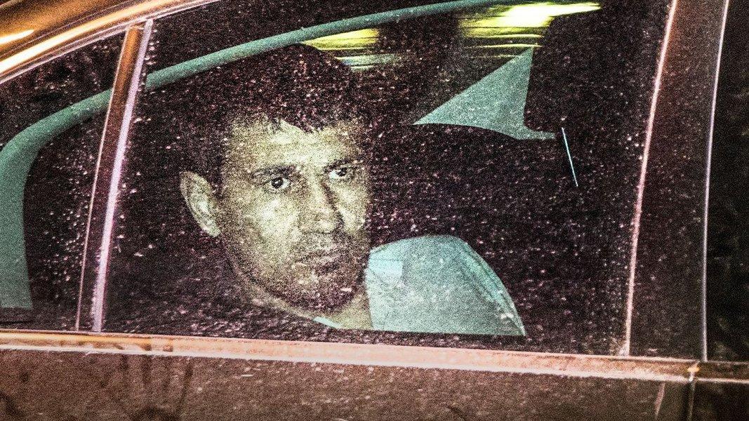 Rakhmat Akilov, suspeito de atropelar multidão com um caminhão em Estocolmo, Suécia, admite crime de terrorismo