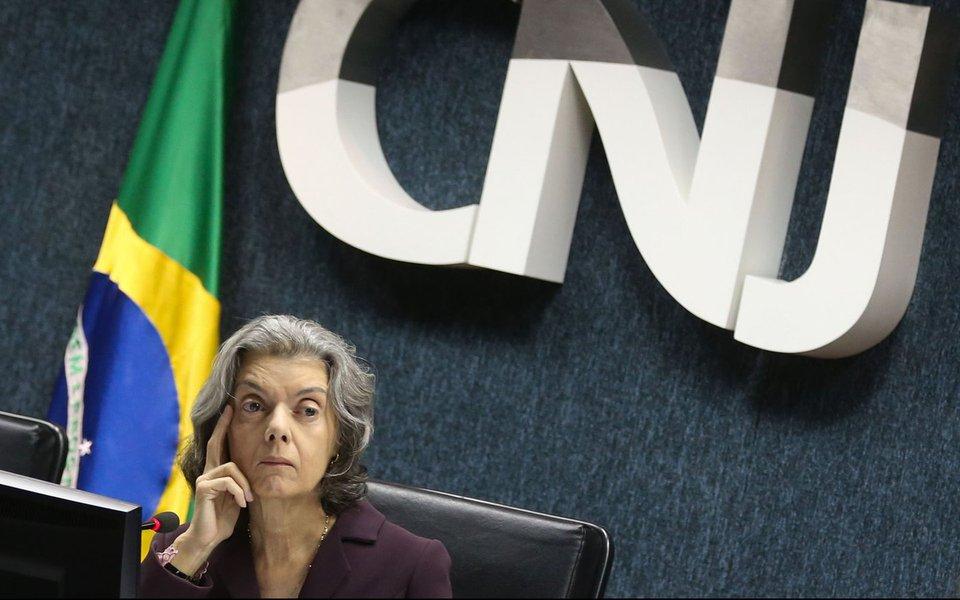 Brasília - A presidente do Conselho Nacional de Justiça, Cármen Lúcia, preside reunião extraordinária do órgão(Antônio Cruz/Agência Brasil)