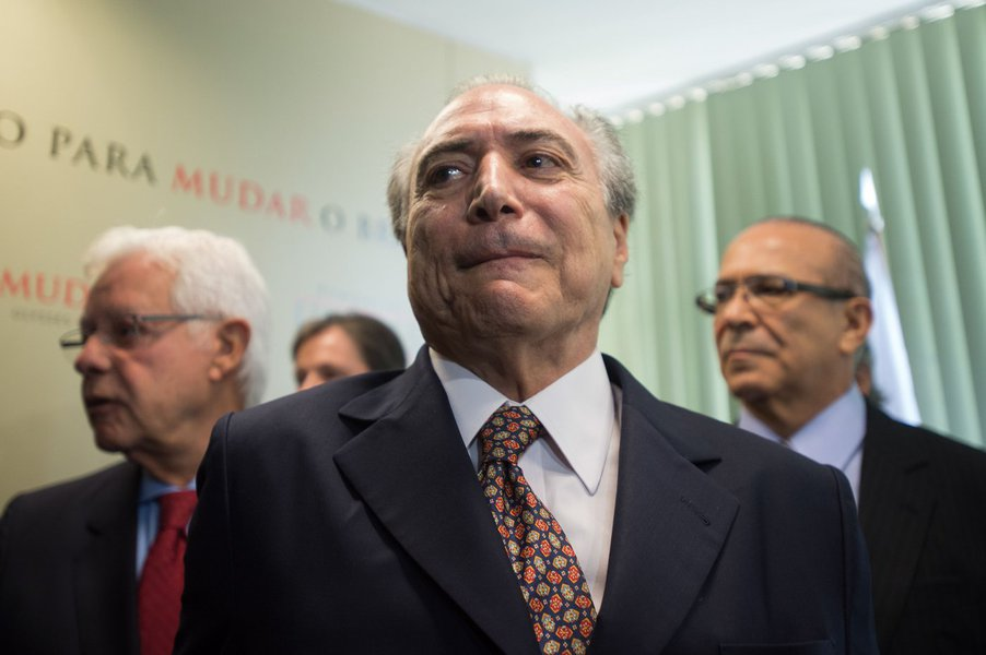 17/03/2015- Brasília- DF, Brasil- Michel Temer, Padilha, Moreira franco