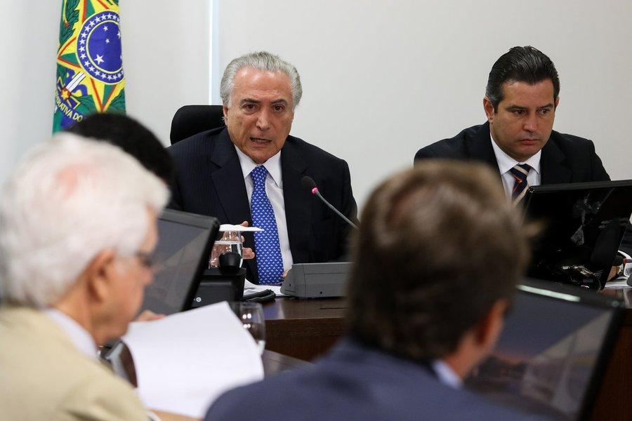 (Brasília - DF, 11/01/2017) Reunião com o Núcleo de Infraestrutura. Foto: Alan Santos/PR