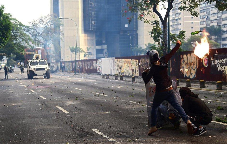 Protesto contra o presidente da Venezuela, Nicolás Maduro; Venezuela, Caracas