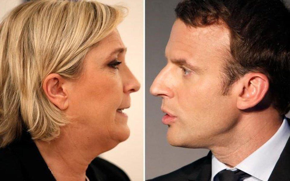 Os candidatos ao segundo turno da eleição presidencial da França Marine Le Pen e Emmanuel Macron. REUTERS/Charles Platiau