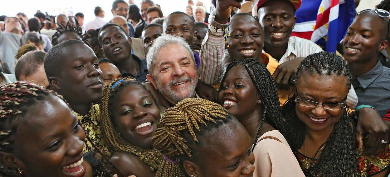 Lula com negros