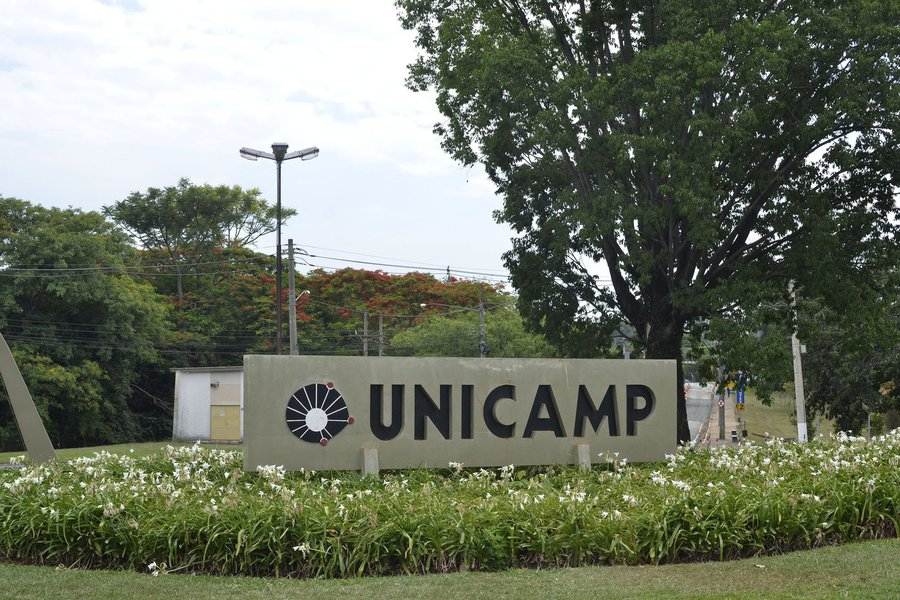 SP - UNICAMP/VESTIBULAR - GERAL - Movimenta��o na Unicamp, em Campinas (SP), nesta sexta-feira (21). A Unicamp realiza a primeira fase do vestibular neste domingo (23). 21/11/2014 - Foto: RENATO C�SAR PEREIRA/FUTURA PRESS/FUTURA PRESS/PAGOS