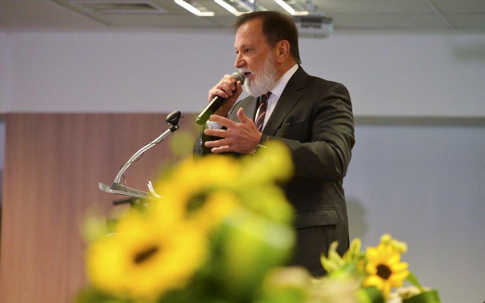 Bras�lia - O vice-presidente de Agroneg�cios do banco, Osmar Fernandes Dias, durante o lan�amento do plano safra 2016/2017 (Jos� Cruz/Ag�ncia Brasil)