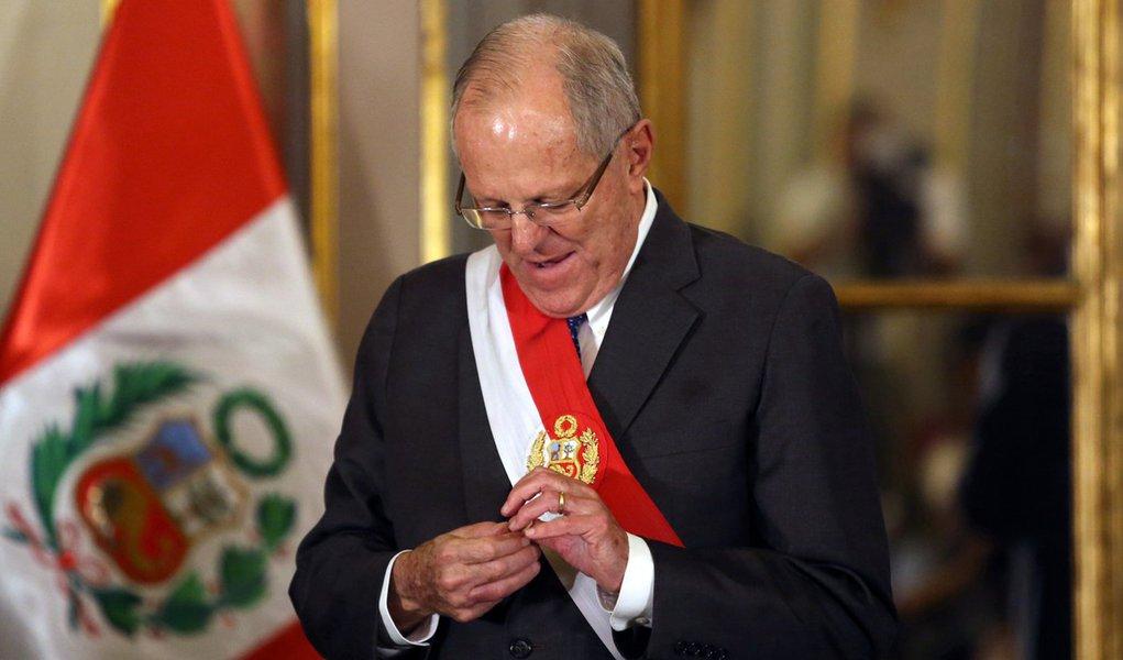 Presidente do Peru, Pedro Pablo Kuczynski, durante cerimônia no palácio do governo, em Lima 27/12/2017 REUTERS/Guadalupe Pardo