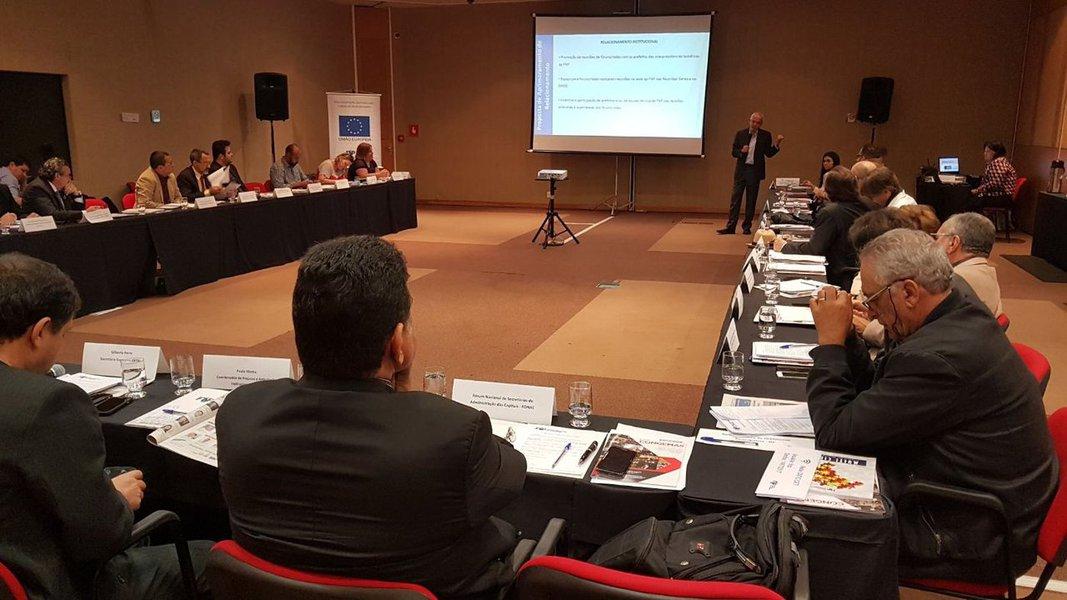 Prefeito de Aracaju, Edvaldo Nogueira, em reunião em Brasília