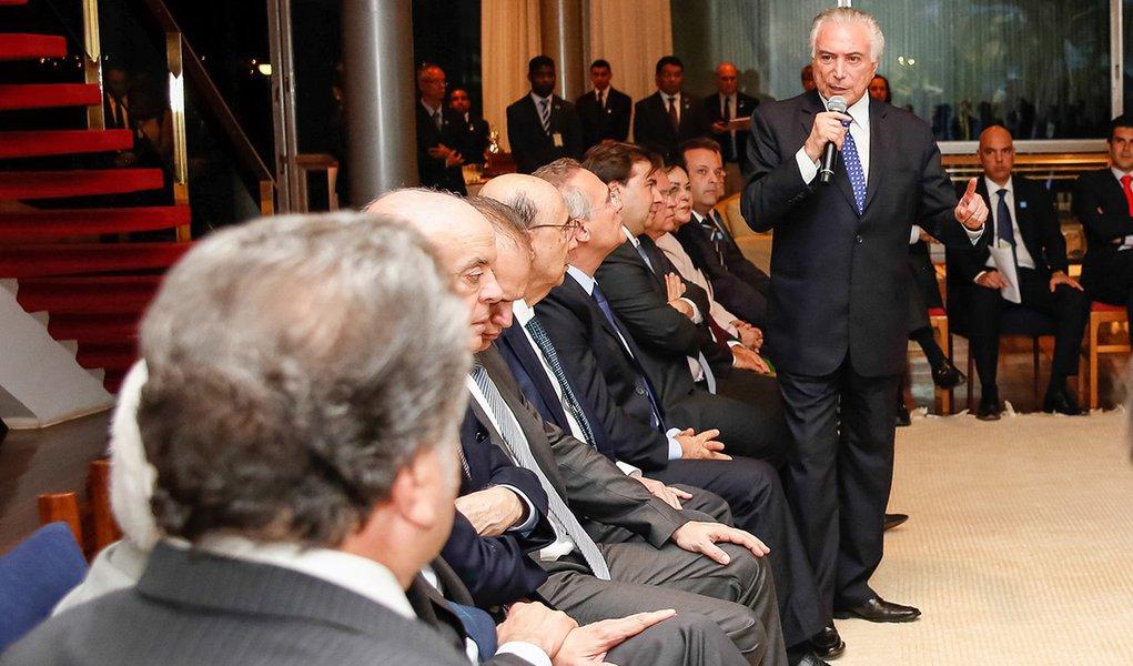 Presidente Michel Temer durante reunião com ministros e líderes da base aliada na câmara dos deputados no Palácio do Alvorada (Brasília - DF 27/09/2016) Foto: Carolina Antunes/PR