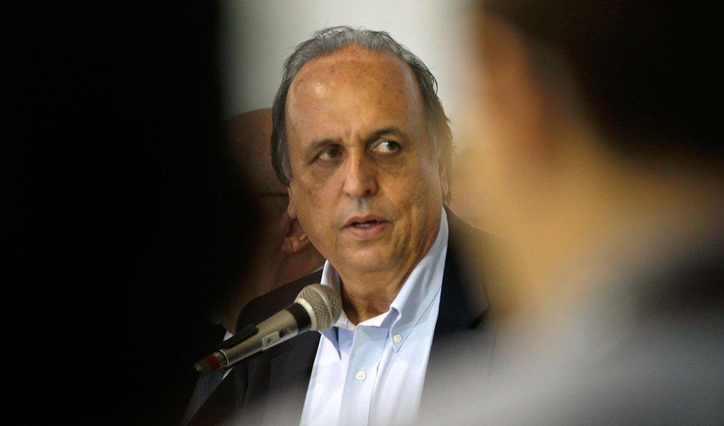 Rio de Janeiro - O governador Luíz Fernando Pezão durante apresentação do Plano de Recuperação Fiscal do Estado do Rio de Janeiro no Palácio Guanabara (Tânia Rêgo/Agência Brasil)