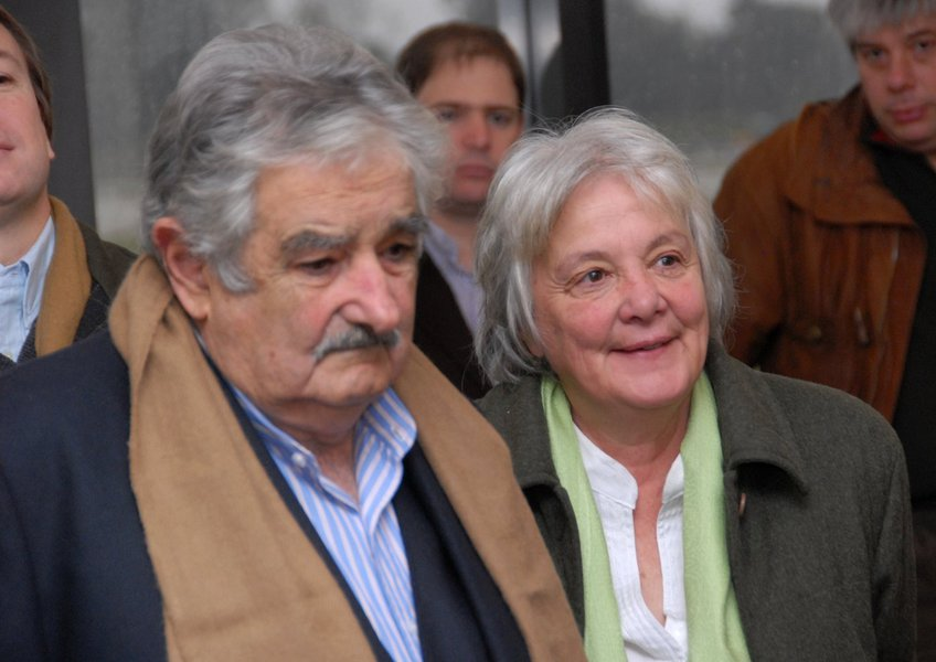Ex-presidente do Uruguai José Pepe Mujica e esposa, a senadora e ex-guerrilheira Lucia Topolasnky