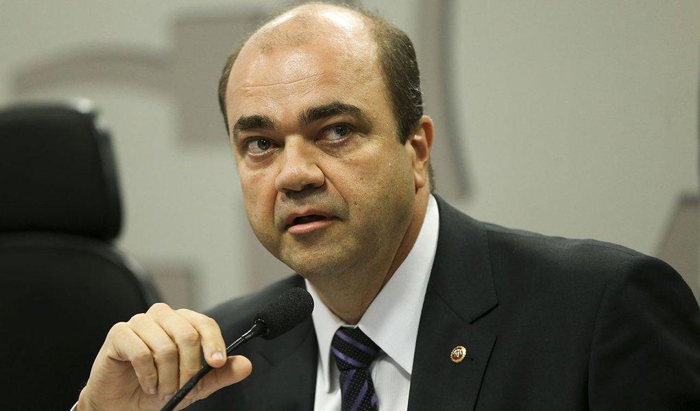 Brasília - O procurador-geral do Trabalho, Ronaldo Fleury, durante reunião das comissões de Assuntos Econômicos (CAE) e de Assuntos Sociais (CAS) para debate sobre a reforma trabalhista .(Marcelo Camargo/Agência Brasil)