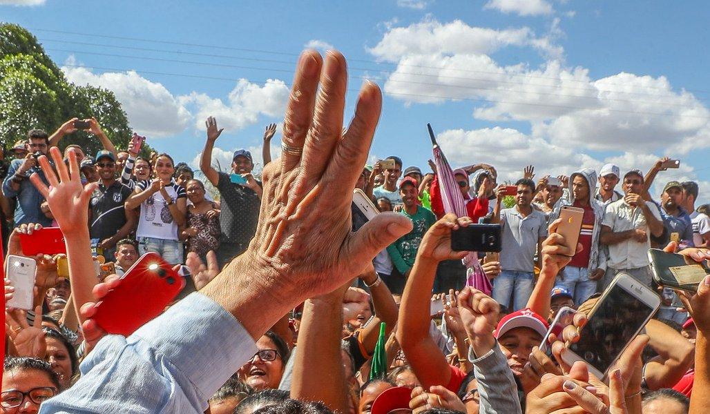 02 09 2017 N O ex presidente Luiz Inacio Lula da Silva e recebido em Marcolandia Piaui PI Brasil no Parque de geração de energia eólica de Marcolândia, no Piauí.Foto: Ricardo Stuckert