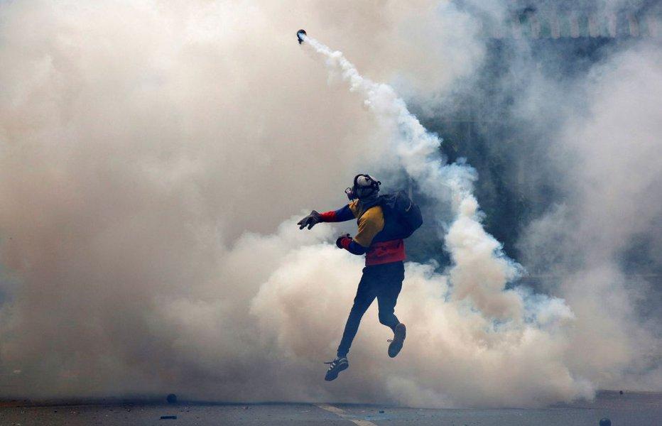 Protestos contra governo de Nicolás Maduro, em Caracas, Venezuela