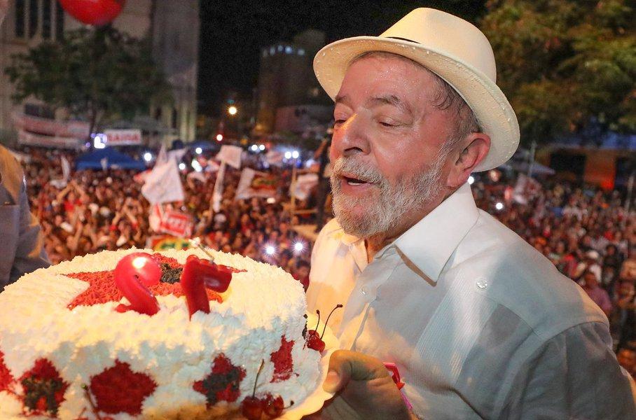 Lula aniversário
