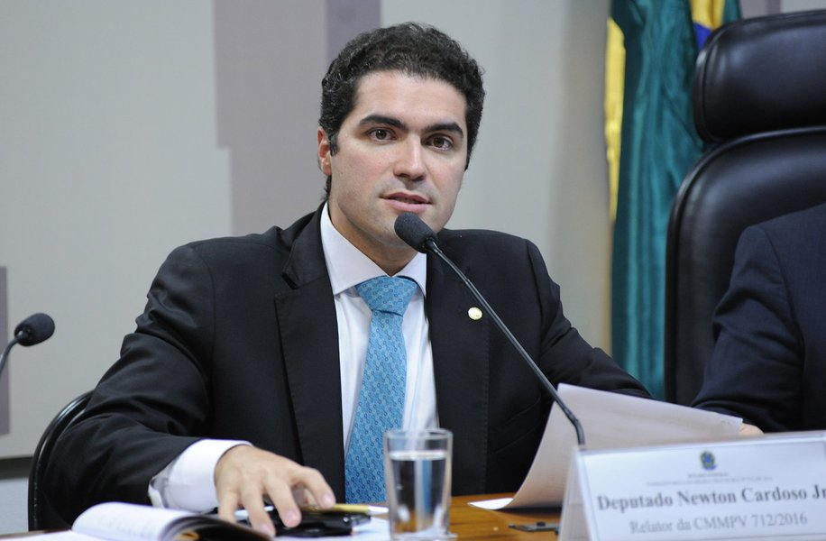 Newton Cardoso Jr