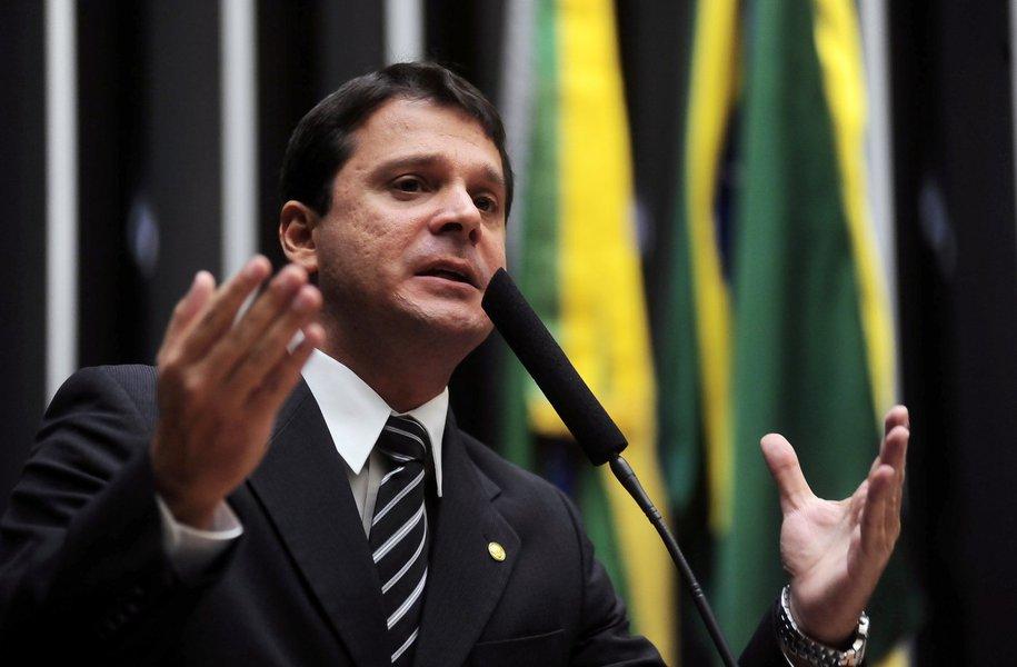 Dep. Reguffe (PDT-DF) Data: 06/02/2012 - Foto: Leonardo Prado / Câmara dos Deputados