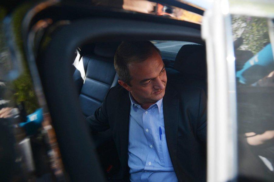 Joesley Batista presta depoimento na Polícia Federal em SP São Paulo - O empresário Joesley Batista, dono da JBS, deixa a sede da Superintendência da Polícia Federal após prestar depoimento (Rovena Rosa/Agência Brasil)