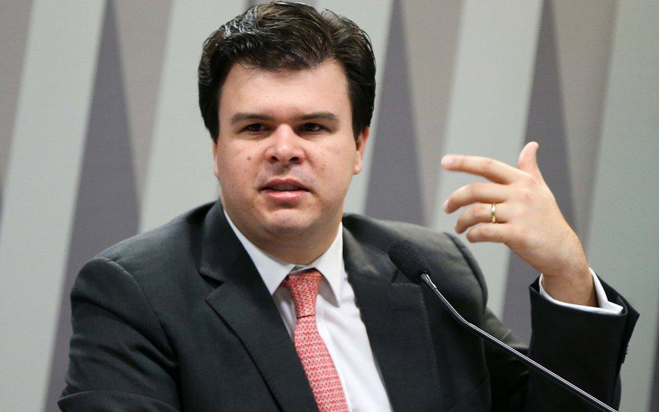 Brasília - O ministro de Minas e Energia, Fernando Coelho Filho, durante audiência pública na Comissão de Infraestrutura do Senado. (Marcelo Camargo/Agência Brasil)