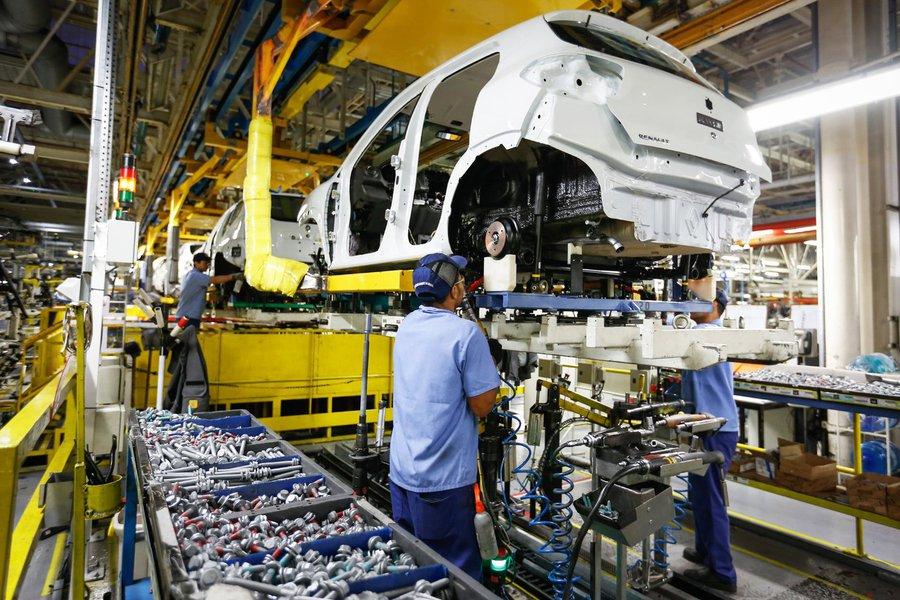 A indústria do Paraná fechou o primeiro semestre com alta de 2,5% na produção, em comparação com o mesmo período do ano passado. Fábrica da Renault em São José dos Pinhais. Foto: Rodolfo Buhrer