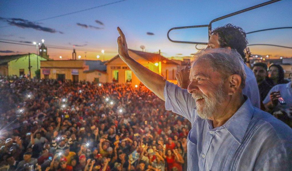 30/08/2017- Lula visita a cidade de Cedro (CE) Foto: Ricardo Stuckert