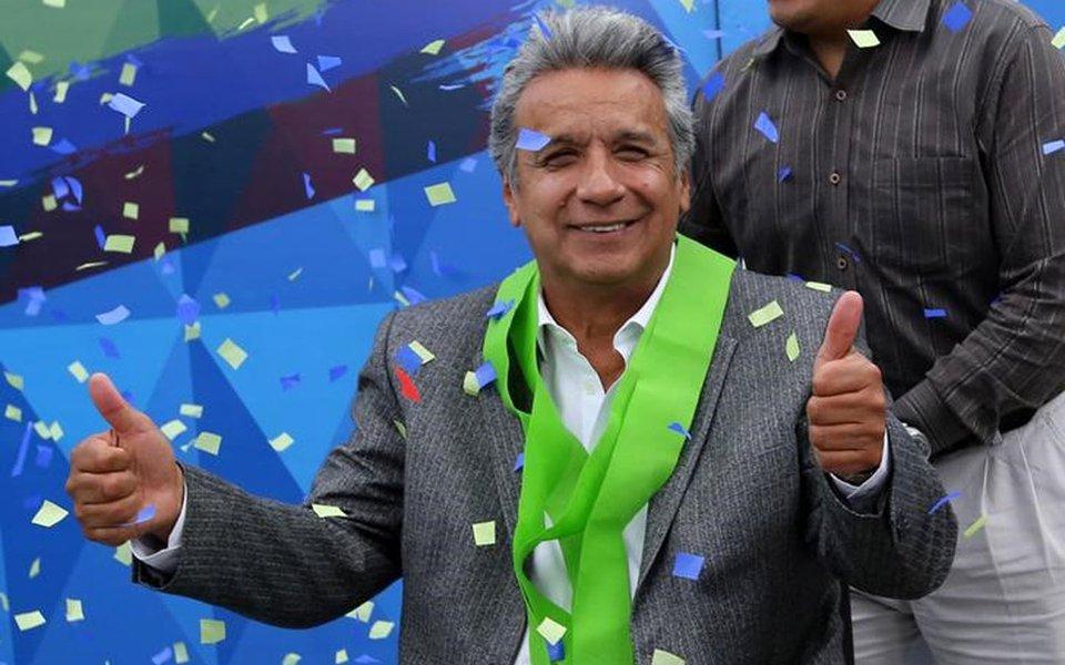 Governista Lenín Moreno comemora vitória anunciada pela autoridade eleitoral do Equador 04/04/2017 REUTERS/Mariana Bazo