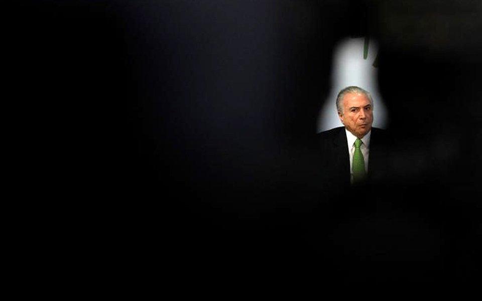 Presidente Michel Temer durante cerimônia no Palácio do Planalto, em Brasília. 5/06/2017 REUTERS/Ueslei Marcelino