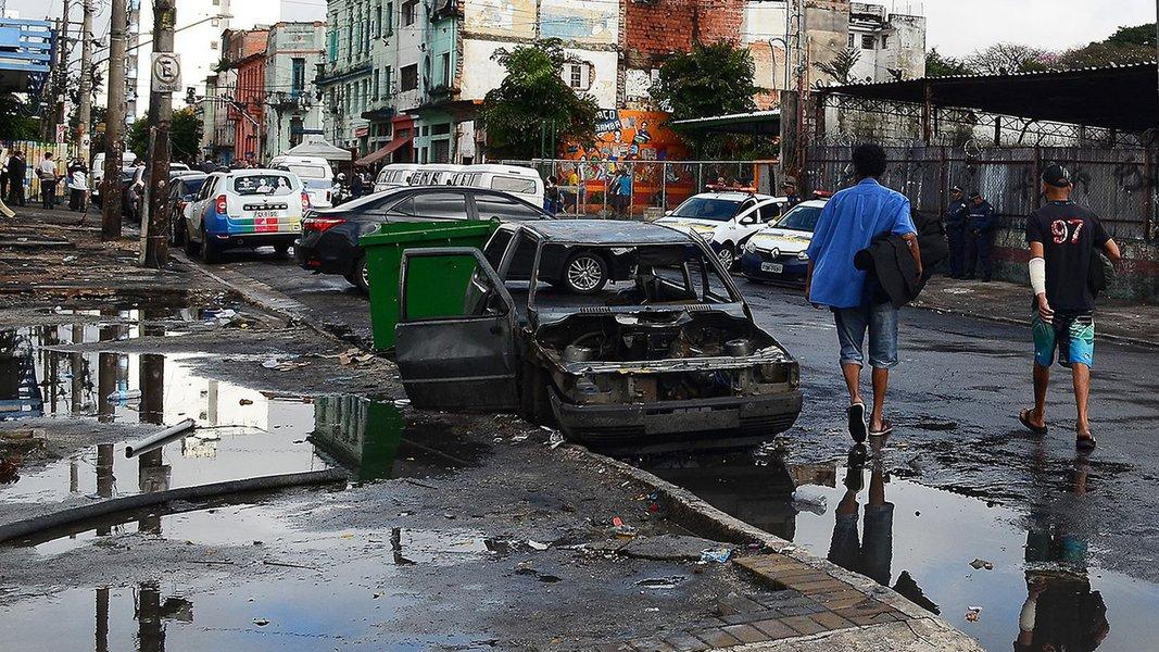 São Paulo - Região da Cracolândia após a operação policial na manhã de ontem (21), numa ação conjunta entre prefeitura e governo do estado (Rovena Rosa/Agência Brasil)