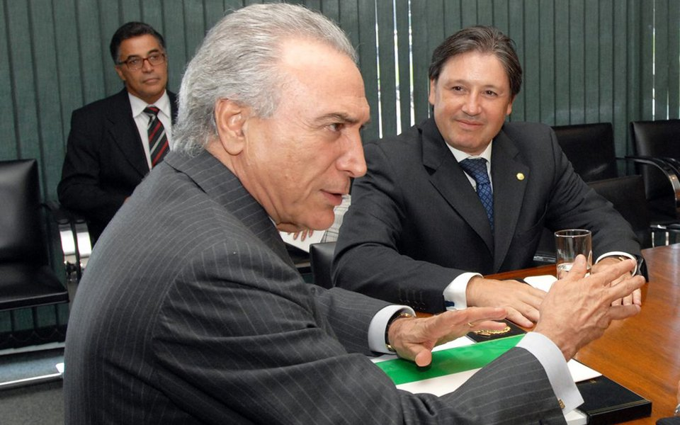 BRASILIA DF 23/02/2010 POLITICA Presidente Michel Temer recebe Deputado Rodrigo Rocha Loures (PMDB-PR) e convidado na Camara dos Deputados FOTO JBatista / Agencia Camara