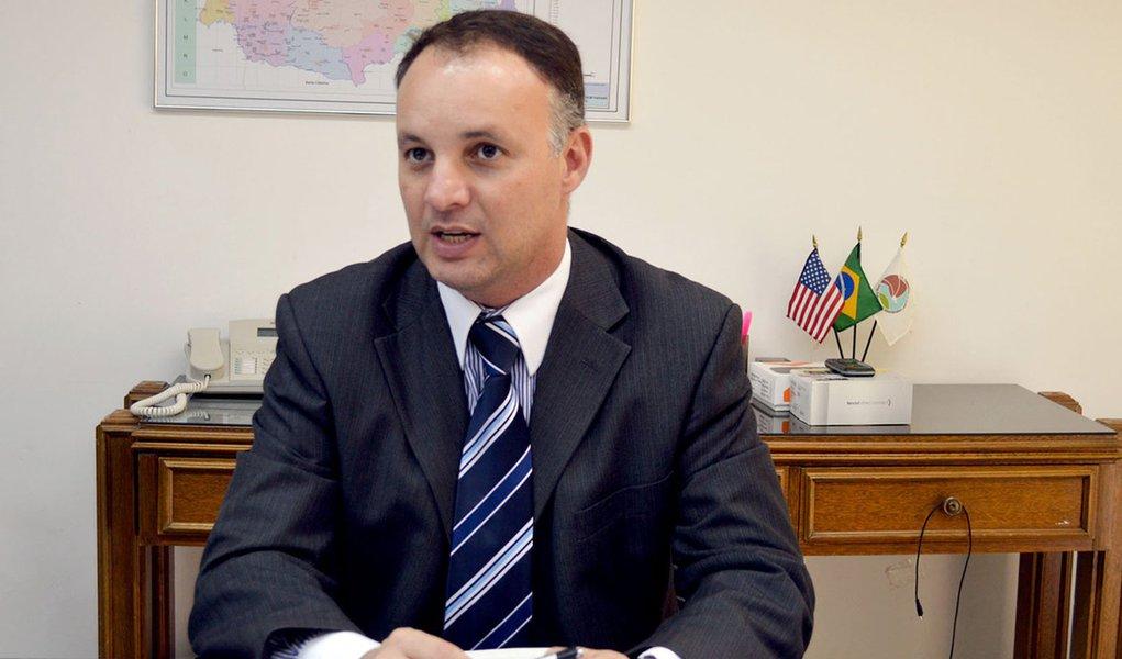Wagner Mesquita de Oliveira assume a Secretaria Estadual da Segurança Pública.Curitiba, 08/05/2015.Foto: Osvaldo Ribeiro/SESP