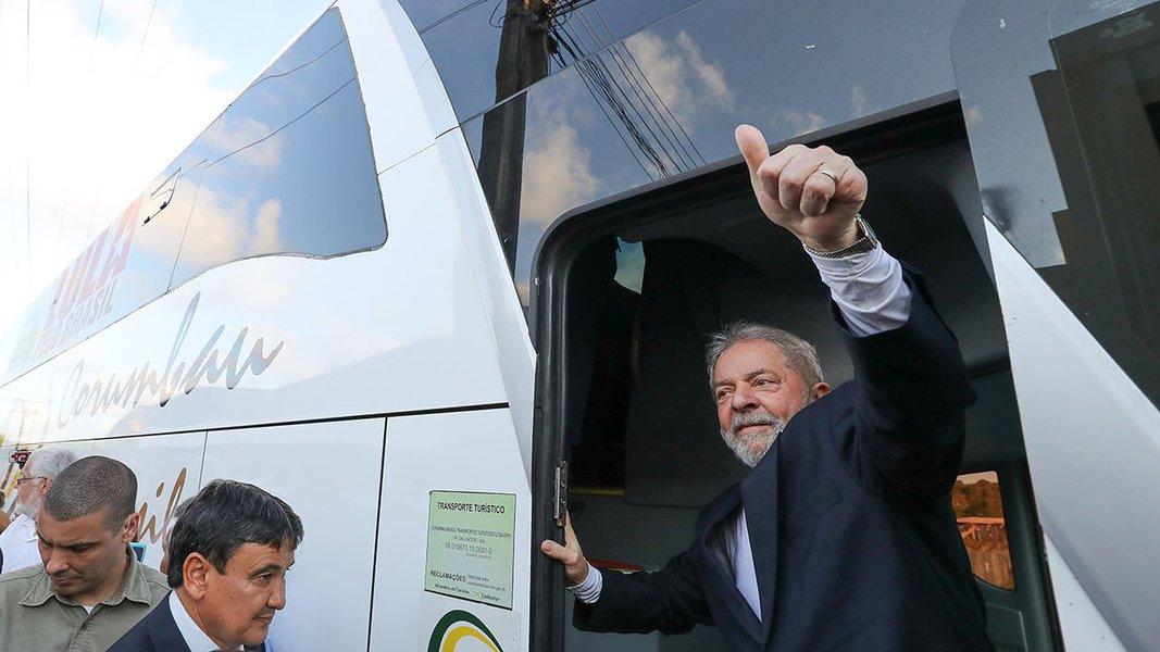 17/08/2017- Bahia- A VIAGEM DO EX-PRESIDENTE PELO NORDESTE- Lula chega a Bahia Foto: Ricardo Stuckert