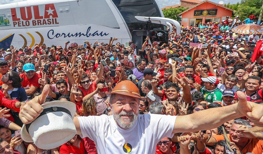 30/08/2017- Povo de Banabuiú (CE) recebe Lula e sua caravana. Foto: Ricardo Stuckert