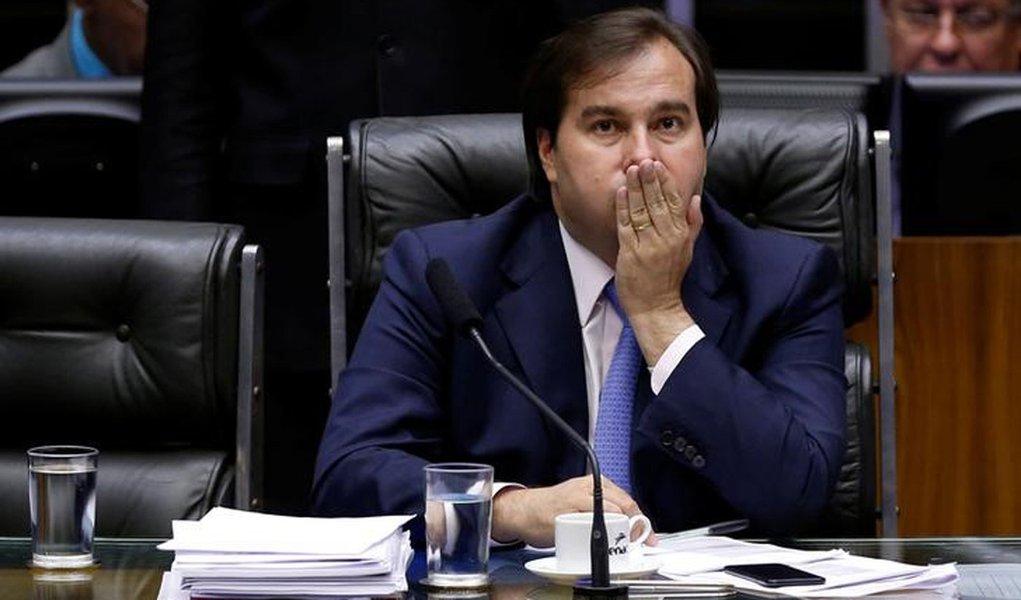 O presidente da Câmara dos Deputados, Rodrigo Maia, durante votação da admissibilidade da segunda denúncia contra o presidente Michel Temer 25/10/2017 REUTERS/Adriano Machado