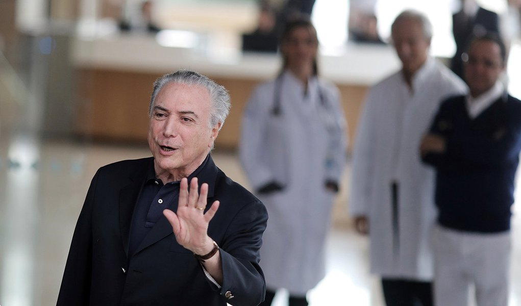Presidente Michel Temer deixa hospital em São Paulo 30/10/2017 REUTERS/Nacho Doce