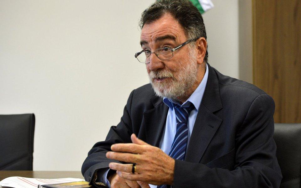 Brasília - Entrevista com o ministro do Desenvolvimento Agrário, Patrus Ananias (Elza Fiúza/Agência Brasil)