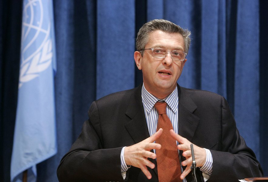 Noon Briefing: by the Spokesperson for the Secretary-General Guest: Mr. Filippo Grandi, Commissioner General of the United Nations Relief and Works Agency for Palestine Refugees in the Near East (UNRWA).