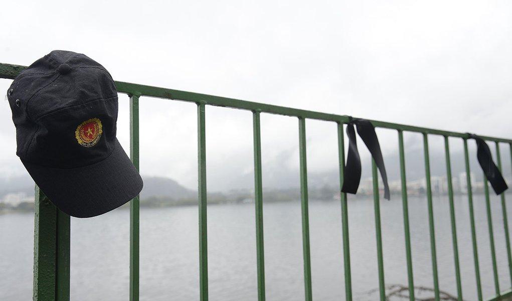 17/08/2017- Rio de Janeiro- RJ, Brasil- ONG Rio de Paz coloca 133 fitas pretas em referência aos 97 policiais militares assassinados e às 36 crianças vítimas de balas perdidas na capital fluminense Foto: Tomaz Silva/Agência Brasil