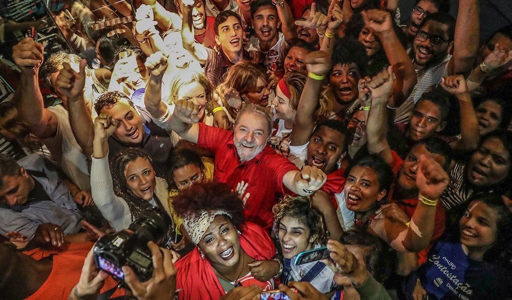 Ex-presidente Lula durante visita ao Museu Cais do Sertão, em Recife. Foto Ricardo Stuckert