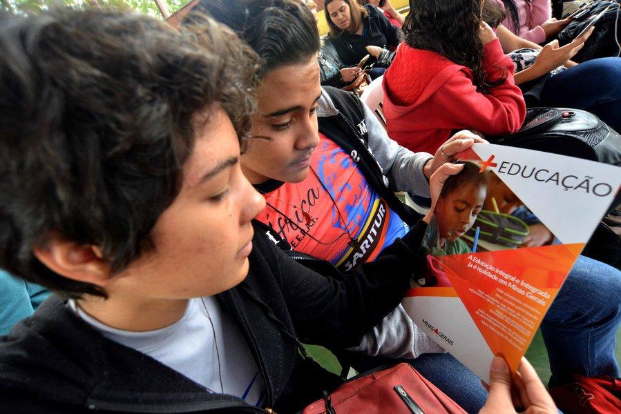 Crédito: Carlos Alberto / Imprensa - MG Local: Cidade de Brumadinho - MG Data: 01-08-2017 Assunto: Escola Integral mais Educação , Secretária de Educação Macaé Evaristo