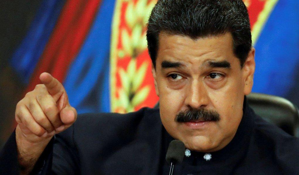 Presidente da Venezuela, Nicolás Maduro, durante coletiva de imprensa no Palácio Miraflores, em Caracas 17/10/2017 REUTERS/Carlos Garcia Rawlins